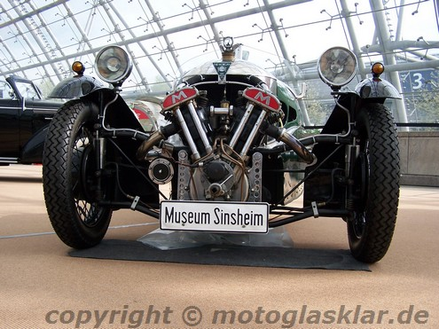 Matchless V2 im Morgan Super Sport